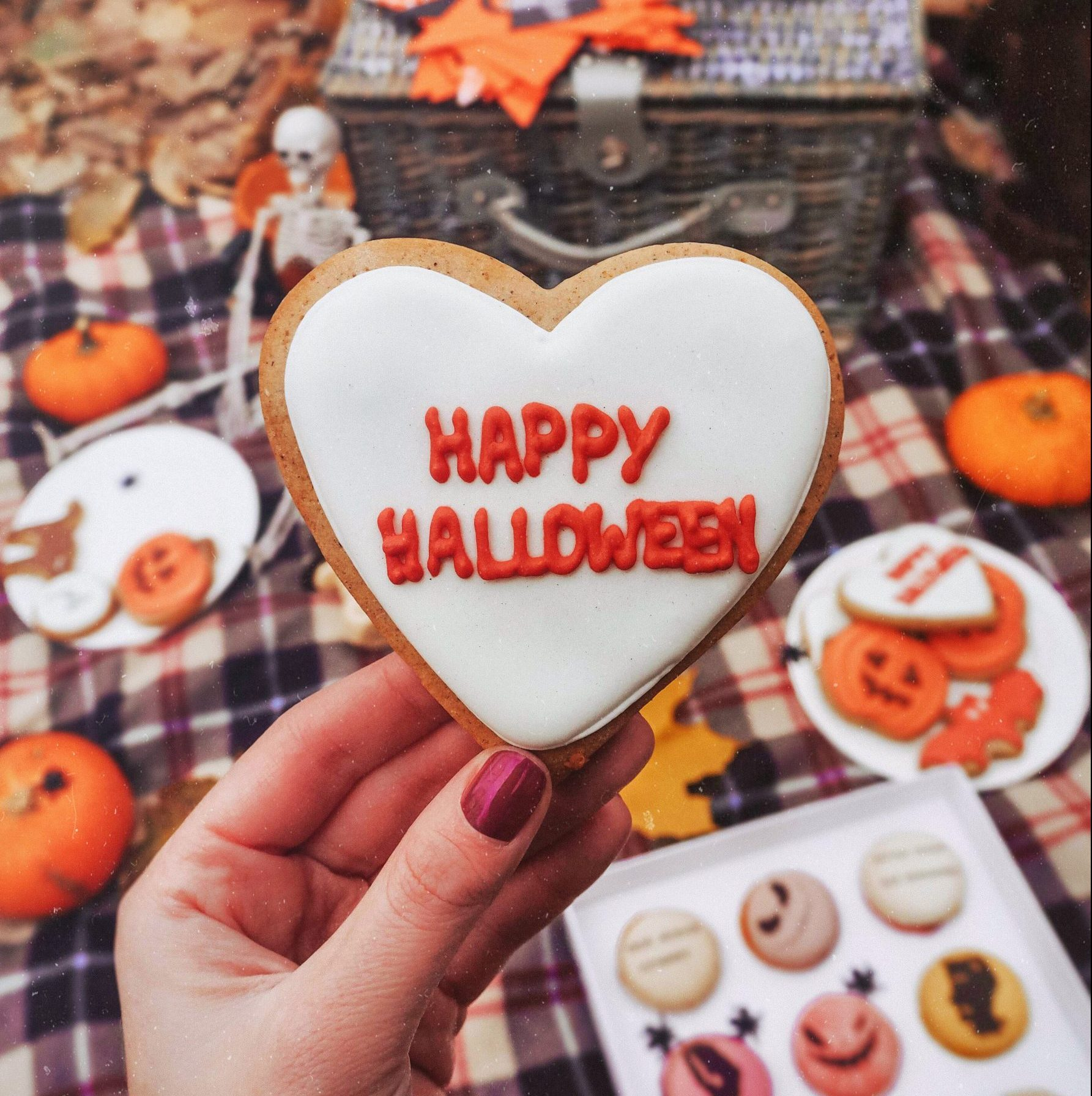 Happy Halloween cookie
